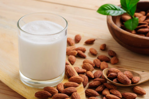 How to make easy homemade nut milk